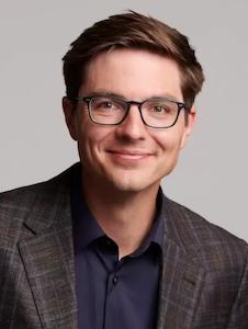 Andrew Kobylinski headshot